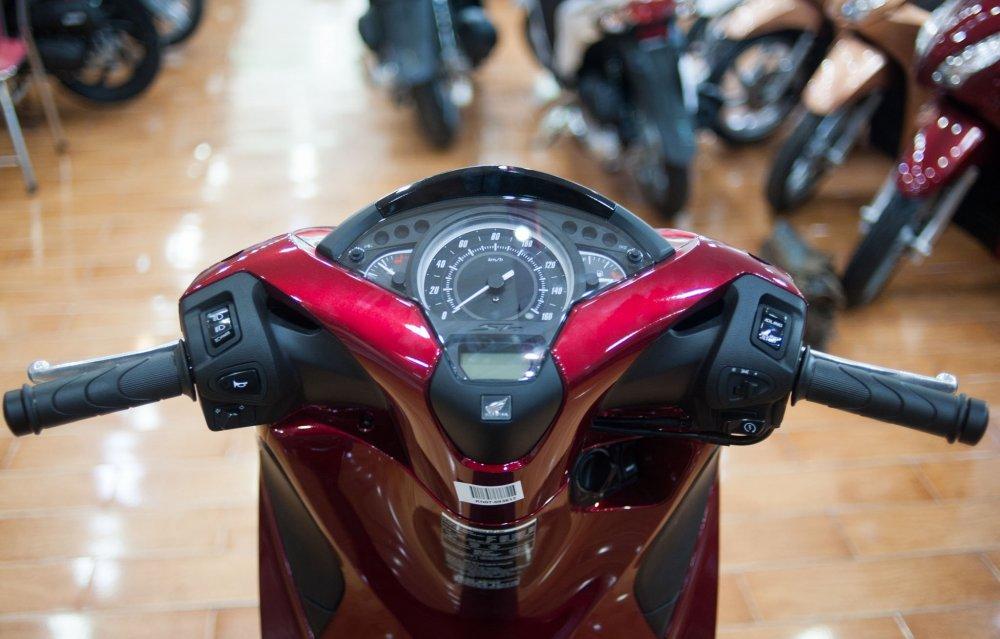 Top 6 mẫu xe máy 2017 độc đáo nhất