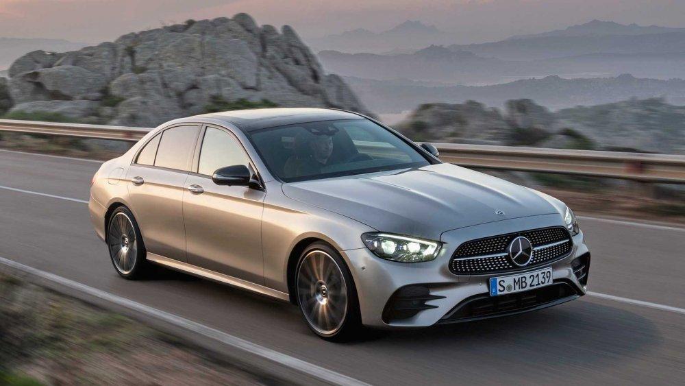 Bảng giá xe Mercedes 7 chỗ, ưu điểm vượt trội của SUV