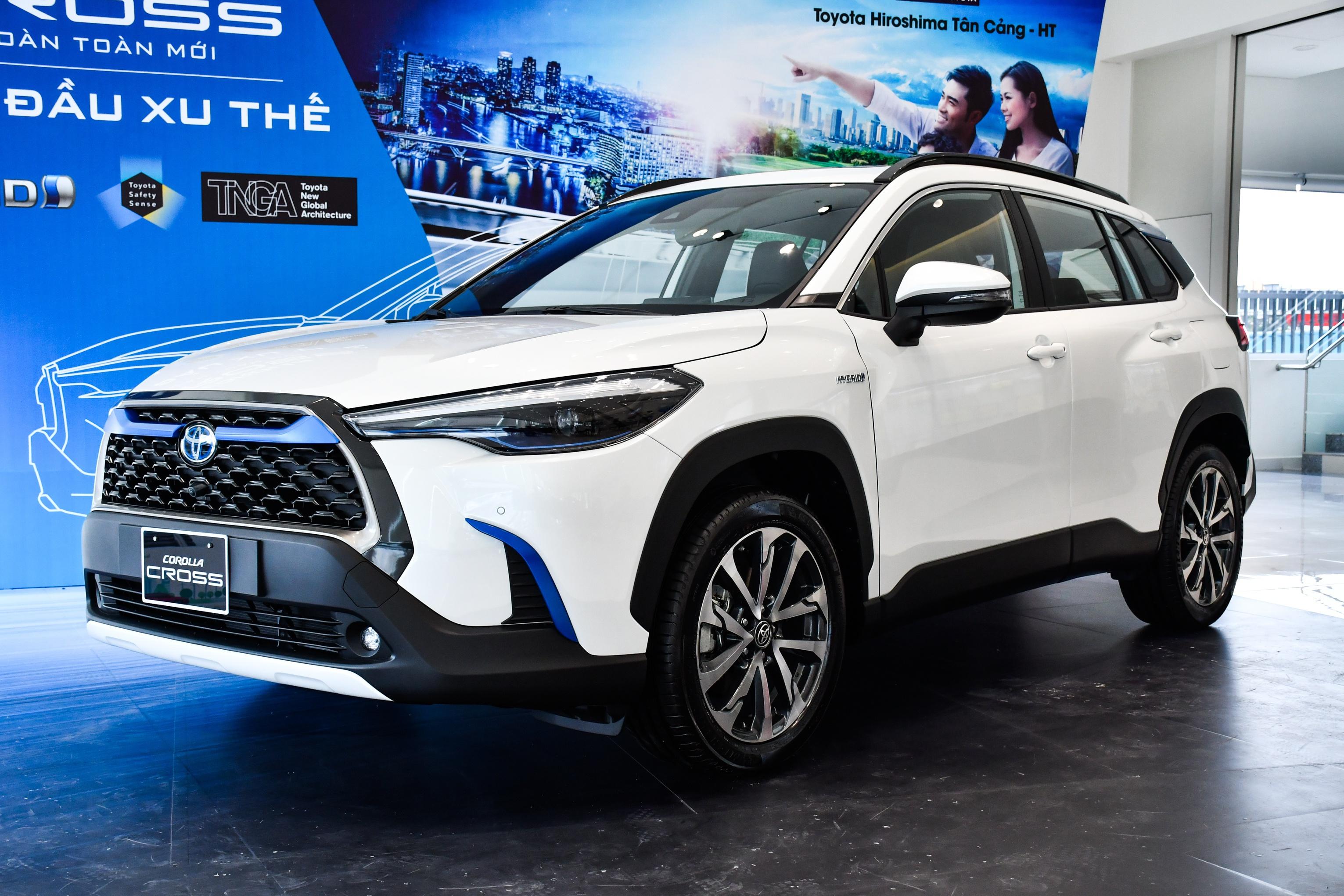 Đánh giá chi tiết xe Toyota Cross