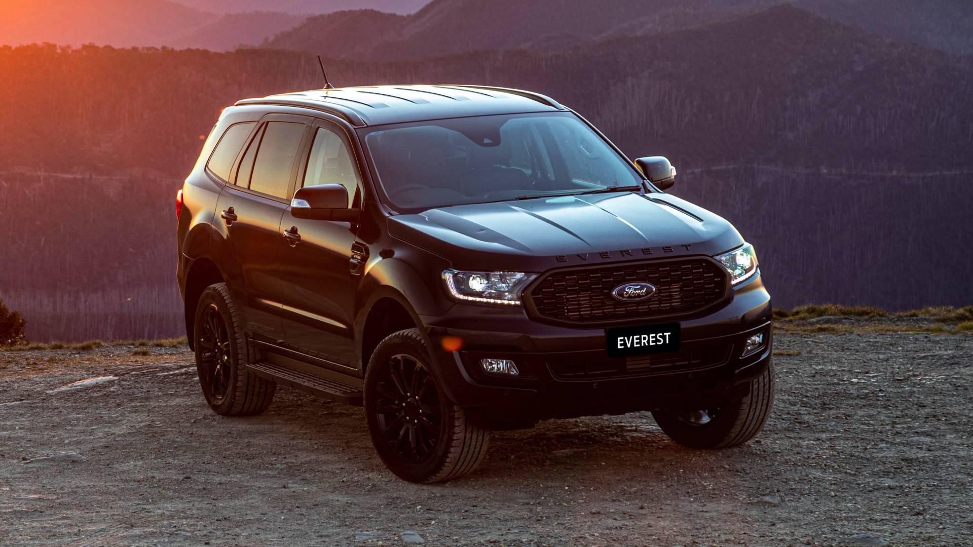 Đánh giá xe Ford Everest 2021