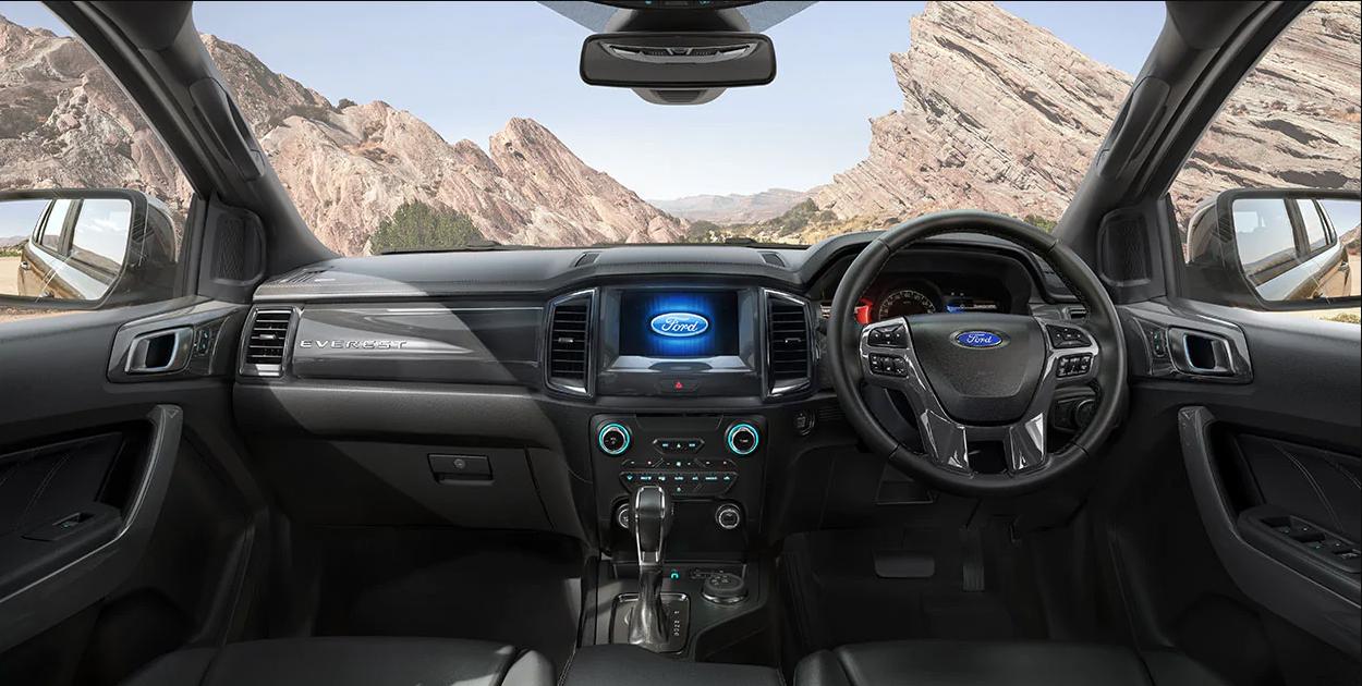 So sánh xe Ford Everest và Fortuner